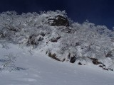 第一岩峰は右側から回り込む